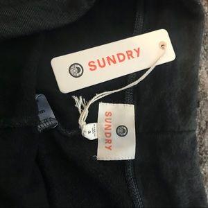 Sundry Pants - NWT SUNDRY SWEATS. SIZE 2.